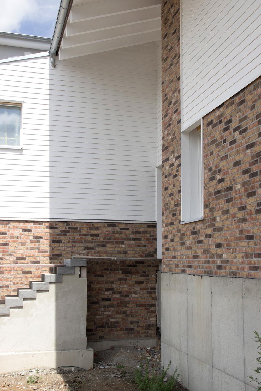 Außentreppe Arbeitsgruppe Architekten Umbau Dreiseitenhof in Leipzig, Rückmarsdorf